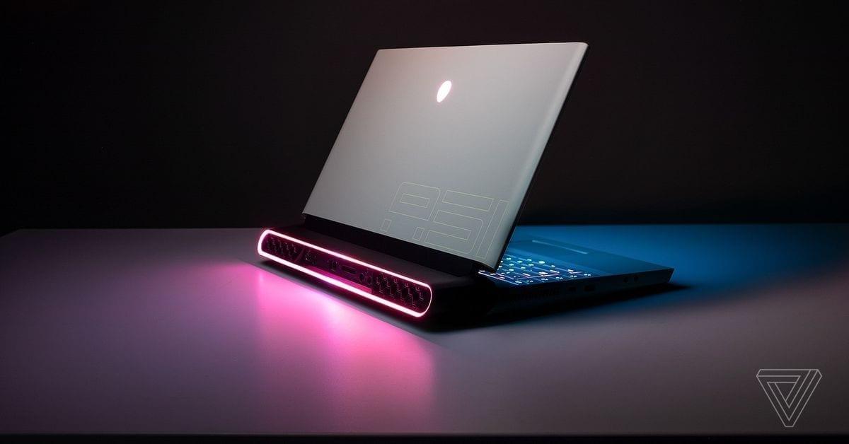 alienware-laptop-back